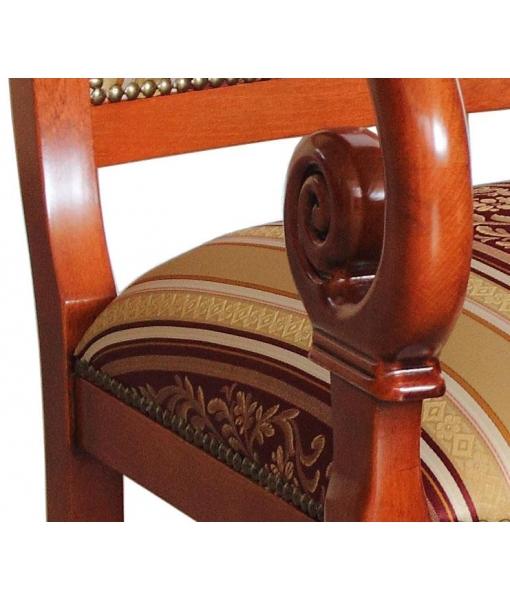 fauteuil, fauteil en bois massif, fauteuil de style, ameublement de style classique, ameublement pour la maison