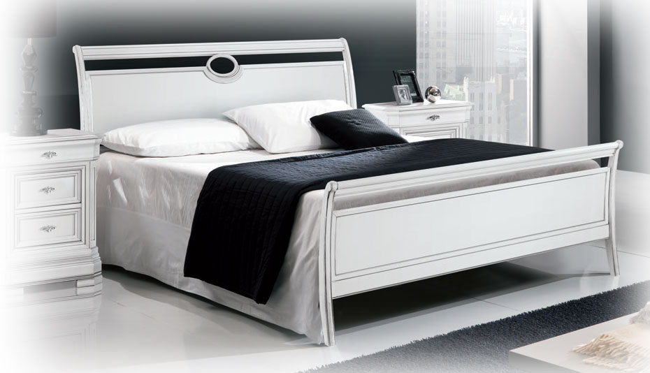 lit bateau classique deux places lamaisonplus. Black Bedroom Furniture Sets. Home Design Ideas