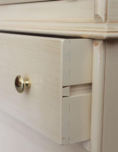 Meuble trumeau classique avec vitrine lamaisonplus for Largeur porte classique