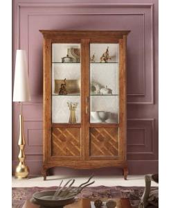 vitrine, vitrine en bois, vitrine marquetée, vitrine pour le salon, ameublement classique, ameublement classique pour le salon