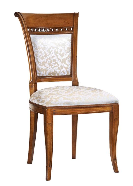 Chaise de salle manger classic wheel lamaisonplus for Sedie da sala da pranzo classiche