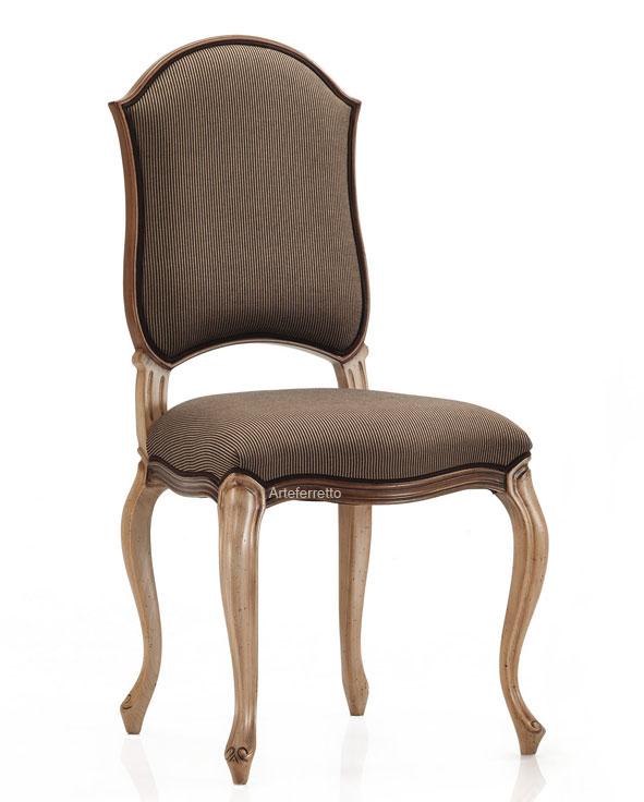 chaise rembourr e style classique lamaisonplus. Black Bedroom Furniture Sets. Home Design Ideas
