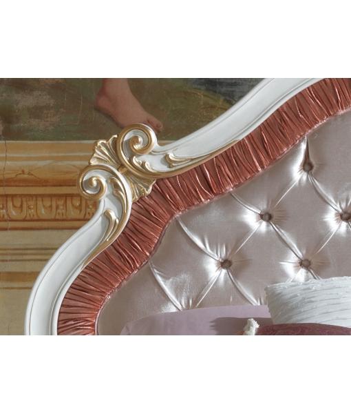 Lit deux places sculpté et rembourré, lit classique en bois